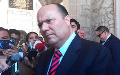 Acusa español a Duarte de deuda; responderá con demanda por extorsión