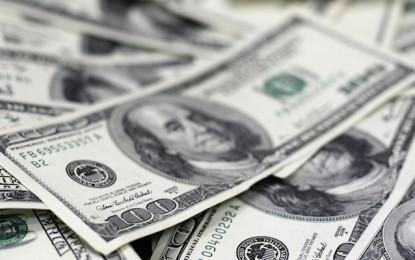 Sigue dólar en aumento, cotiza en 22.15 pesos a la venta