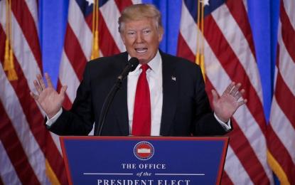Empresas no irán a México; tienen todo EU para escoger: Trump