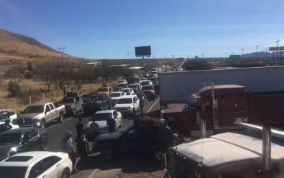 Bloqueos parciales en 3 carreteras federales: SCT