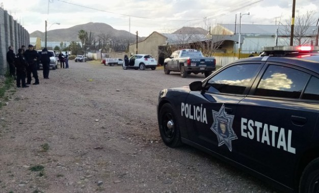 Libra milagrosamente ejecución alcalde de Batopilas en la aeropuerto