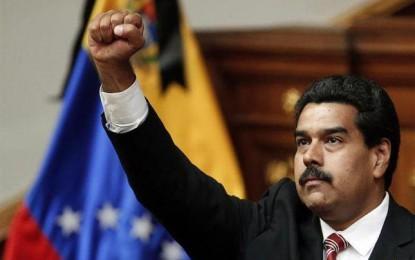 """Declaran """"abandono del cargo"""" a Nicolás Maduro"""