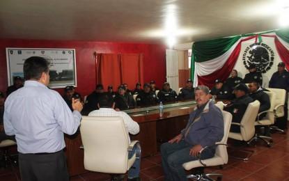 Capacitación permanente a elementos de Seguridad Publica en Guadalupe y Calvo