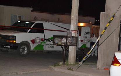 Ejecutan a tres hombres y secuestran a madre e hijas en Chihuahua