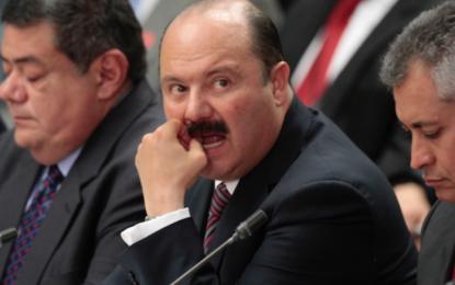 Secretario de Salud federal recibe datos de quimioterapias falsas en gobierno de César Duarte