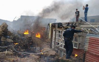 VÍDEO: Incendio cerca de viviendas moviliza bomberos a la col. Héroes de la Revolución