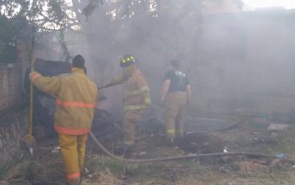 VÍDEO: Se incendia cuarto de madera en la colonia Héroes de la Revolución