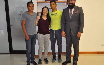 Una tercia de jóvenes talentos de las artes mixtas competirán en Chihuahua