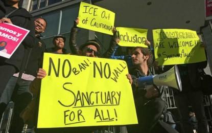 Trump amaga con llevar caso de ciudades santuario a Suprema Corte