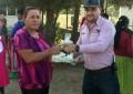 """Presidente de Balleza visita """"casa por casa""""; entrega apoyos"""