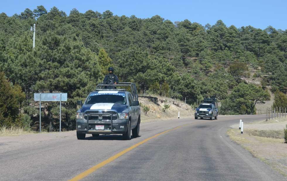 Toyota San Rafael >> Tres muertos y 6 lesionados tras volcadura en carretera a Guachochi; identificados – Noticias ...