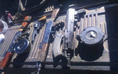 Se enfrentan a balazos en Madera narcos y policías