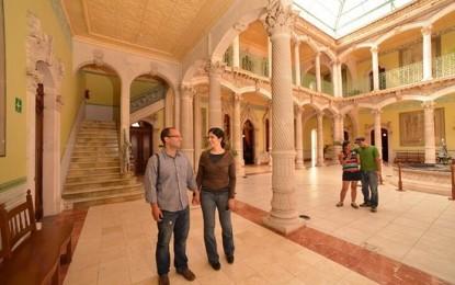 Registra Palacio Alvarado gran afluencia de visitantes