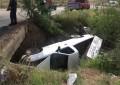 VÍDEO: Vuelca en la vialidad altura de Praderas; daños materiales