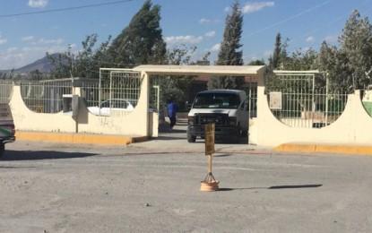 Lo ejecutan dentro de primaria en Juárez; niños lo presenciaron
