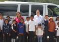 Entrega Diputada Beltrán camioneta a escuela de Los Molinares en Carichí