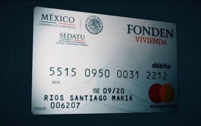Damnificados de Oaxaca reciben tarjetas de apoyo sin fondos