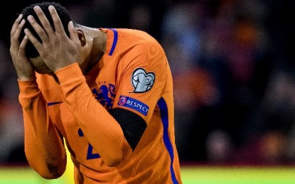¡Holanda no irá al Mundial!: #NoEraPenal se les revierte