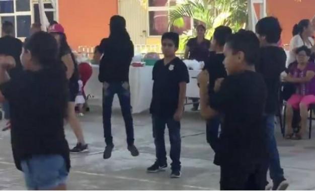 Niño se niega a bailar'Scooby Doo Pa Pa' y las redes le agradecen (VIDEO)