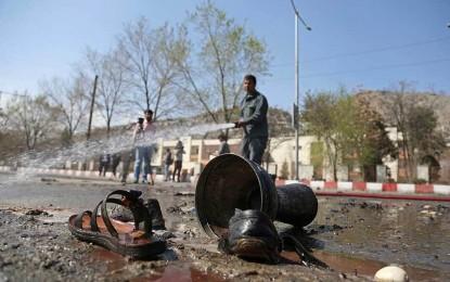 Bombazo en Afganistán deja al menos 32 muertos