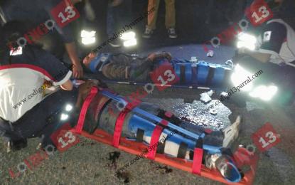 VÍDEO: Accidente cerca basurero deja dos jóvenes severamente lesionados