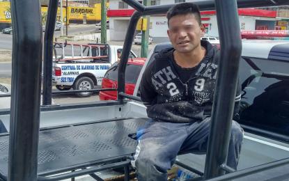 VÍDEO: Arrestan a presunto ladrón, guardia de Soriana lo persiguió por la Niños Héroes