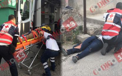 VÍDEO: Impacta a motociclistas y se da a la fuga; dos lesionados