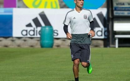 Sin patrocinios en su uniforme, Rafa Márquez entrena con el Tri ante investigación en EU por presunto lavado