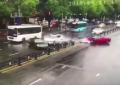 Rentó un Ferrari 458 ¡y lo destrozó segundos después! (VIDEO)