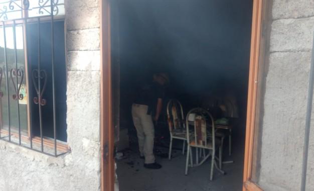 Incendio en vivienda de Allende; muere una persona