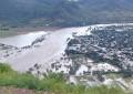 Familias han sido evacuadas de sus hogares en Urique por crecida de río