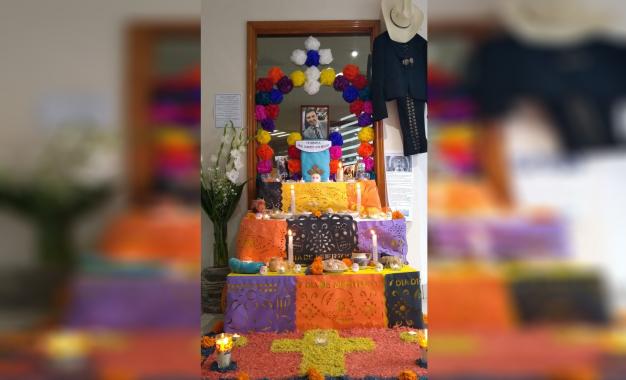 Dedican altar de muertos a Uriel Loya
