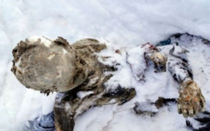 Encuentran en el Pico de Orizaba a tres alpinistas momificados