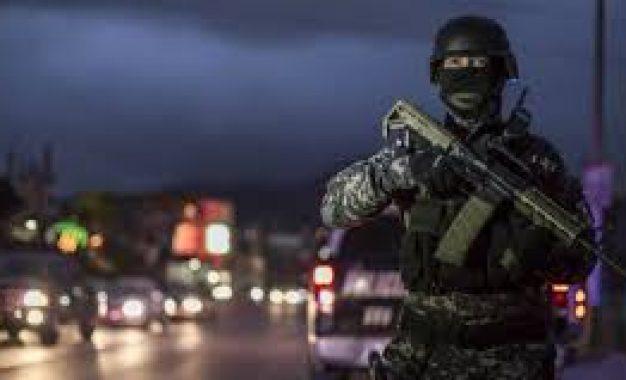 Soldados, 12 años en las calles de México; delitos, al alza