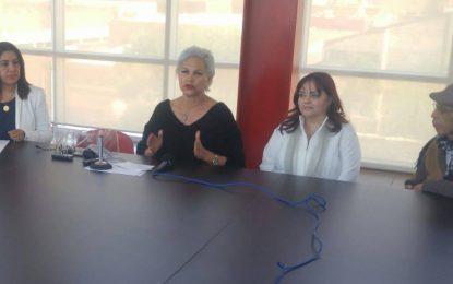 """Llega a Parral exposición itinerante """"Lo uno y lo otro"""""""