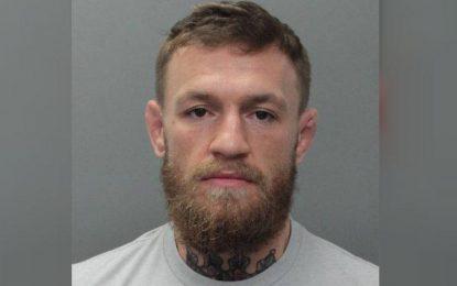 Arrestan a McGregor; lo acusan de robar celular a un fanático