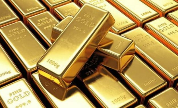 Sube el precio del oro ante la caída del dólar
