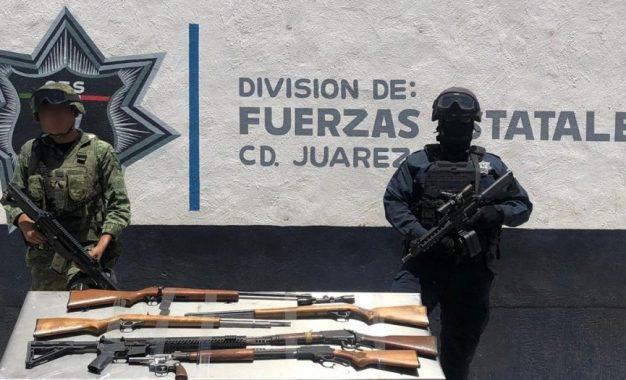 Encuentran abandonado armamento en Juárez