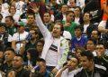 Sacan a 30 aficionados del Estadio Azteca por grito discriminatorio durante partido de México