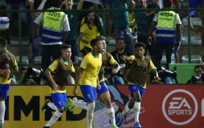 Con polémico penal, Brasil se venga y derrota a México en la final del Mundial sub-17