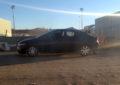 VIDEO: Le propinan brutal golpiza cerca del Gran Estadio Parral y abandona su vehículo