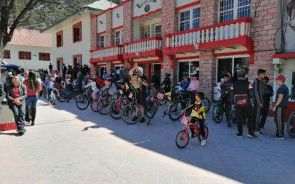 Con marcha ciclista y kermes, celebran el día de la familia en Gpe y Calvo