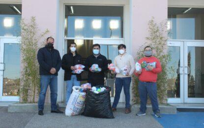 Parralenses siguen donando tapitas