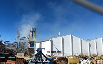 VIDEO: Explota contenedor en Duraplay y provoca incendio