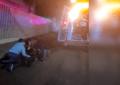 Impacta motociclista contra vehículo sobre la Juan Rangel de Biezma
