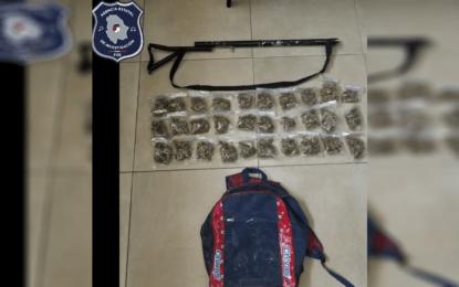 Aseguran ministeriales 30 bolsas de marihuana en la Héroes de la Revolución