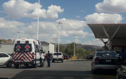 Mujer lesionada tras derrape en motocicleta en Soriana