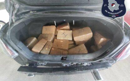 Capturan a presunto narcotraficante con 56 kilos de mariguana