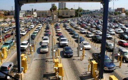 Extiende EU cierre de frontera con México a octubre