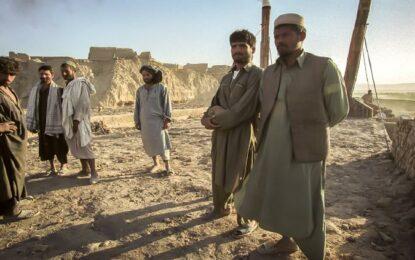 Asesinan y cuelgan en público a cuatro secuestradores en Afganistán
